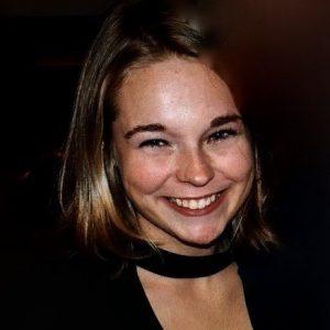 Ms. Roos de Groot